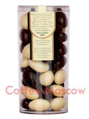 Драже Царское подворье Миндаль в шоколаде и белой глазури 190 гр